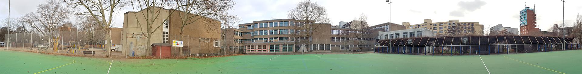 Kurt Schumacher Grundschule Berlin als Panorama.